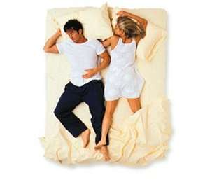 couples_sleeping_positions_6.jpg
