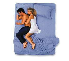 couples_sleeping_positions_7.jpg