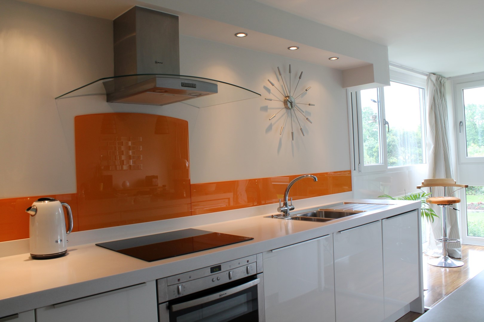 Splashback For Kitchens Bespoke Glass Splashbacks Instantly Brighten Up Your Kitchen