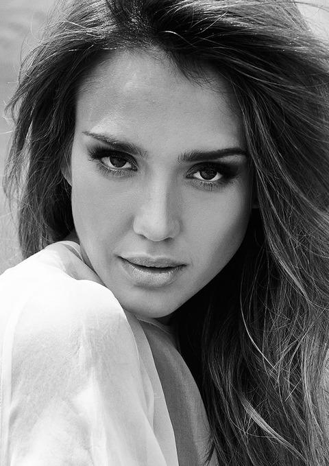 Jessica Alba is in Cosmopolitan Turkey :: FOOYOH ENTERTAINMENT