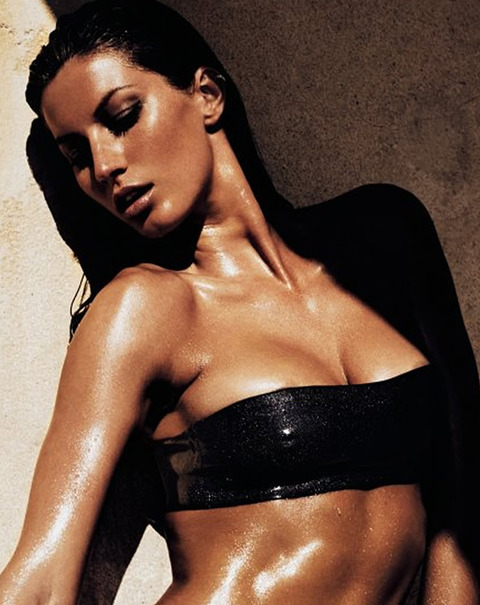 gallery_main_Gisele_Hot_New_Book_11.jpg