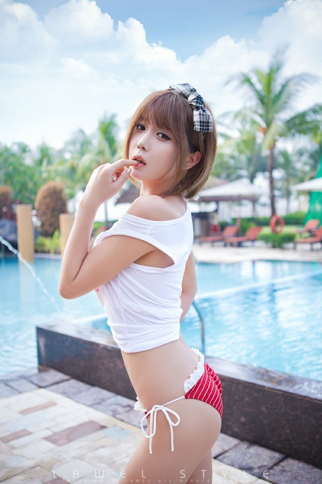 Pictures of well built asian women